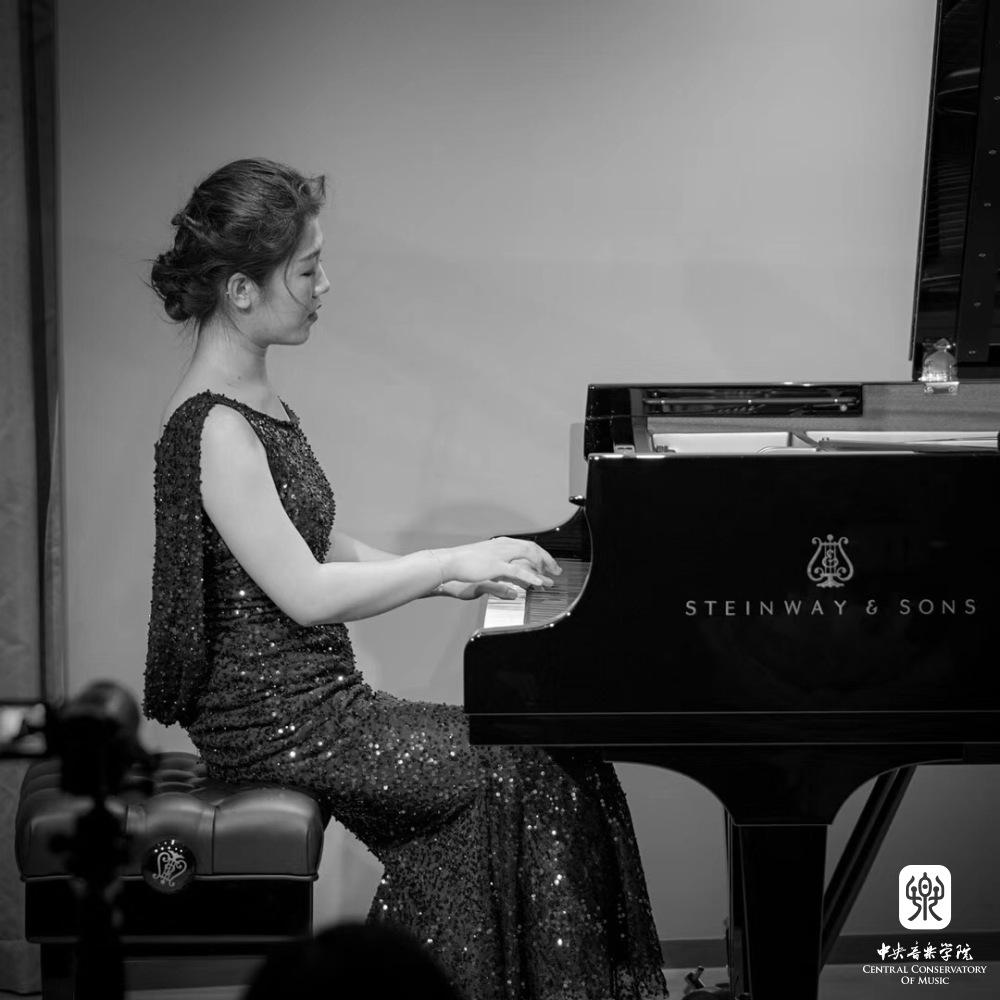 201711: 中央音乐学院-7座金钟奖的参赛跟进报道