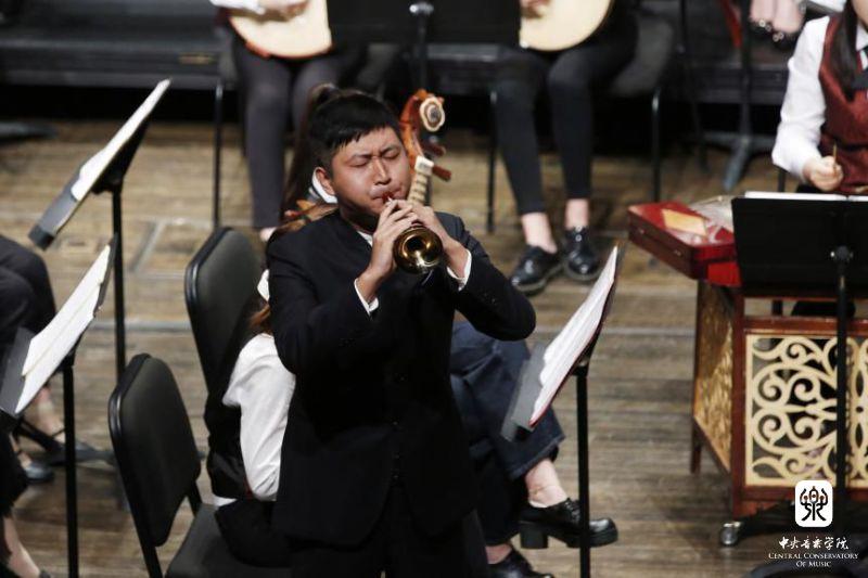 (笛子独奏),《微山湖船歌》(笙独奏),《一枝花》(二胡独奏),《山歌》